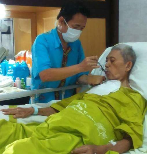 081324272680 Jasa Penunggu Penjaga Merawat Membantu Orang Tua Jompo Sakit 081324272680 Sahabat Pasien Jasa Penunggu Penjaga Merawat Membantu Orang Tua Orang Jompo Dan Pasien Orang Sakit
