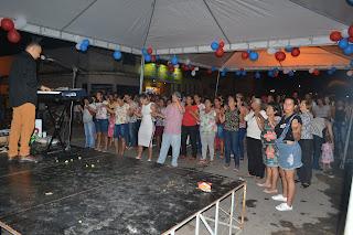 Farmácia JS é inaugurada com show católico em Cacimbinhas-AL.