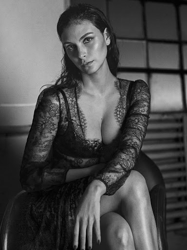 Morena Baccarin topless photoshoot GQ Magazine Mexico