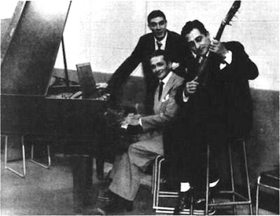 Alberto Moran, Osvaldo Pugliese al piano y Roberto Chanel con guitarra-1946