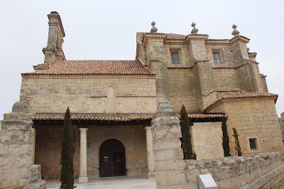 Fachada sur de Sta. María de Azogue