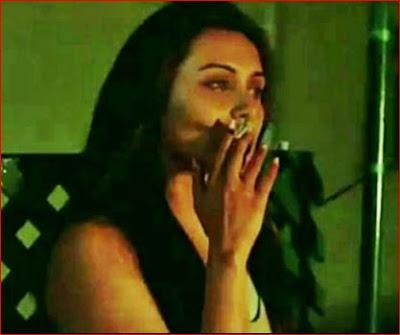 Rani Mukherjee  smoking