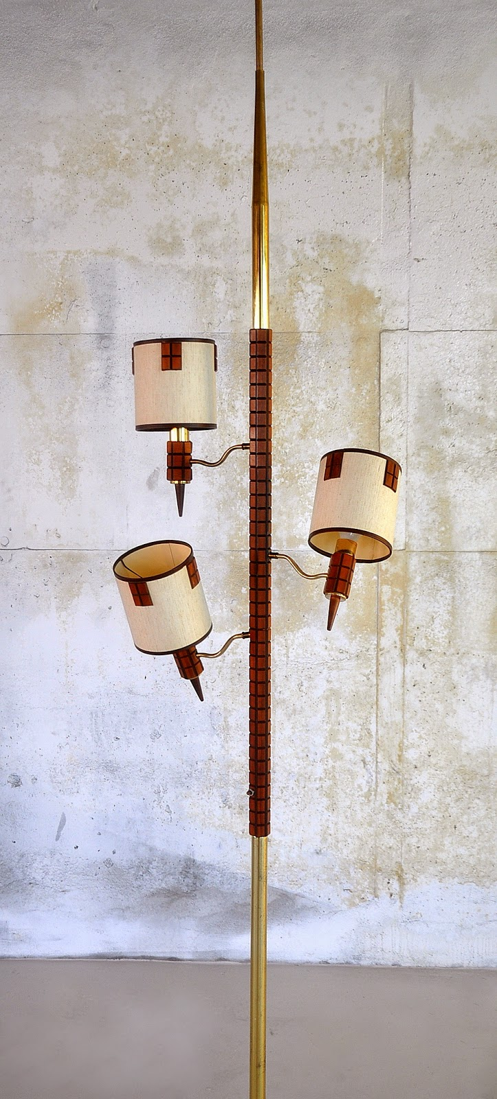 SELECT MODERN: Mid Century Tension Pole Lamp