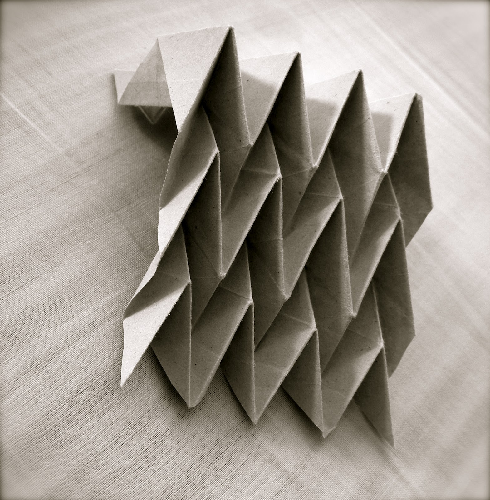 Learning with paper folding: Miura-Ori patterns - photo#11
