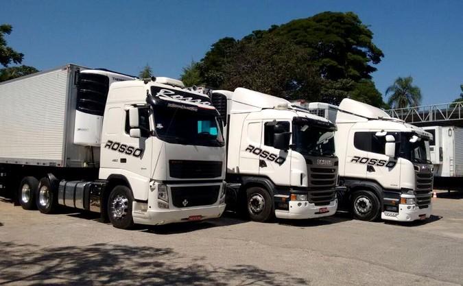 Transportes Rosso anuncia contratação imediata de motoristas carreteiros