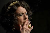 Ρόζα Εσκενάζυ, του Παναγιώτη Μέντη σε σκηνοθεσία Αντώνη Λουδάρου