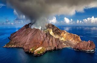 Pengertian Vulkanisme Lengkap