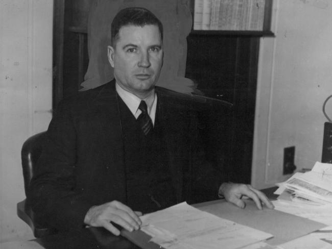Australian Prime Minister Fadden, 28 August 1941 worldwartwo.filminspector.com