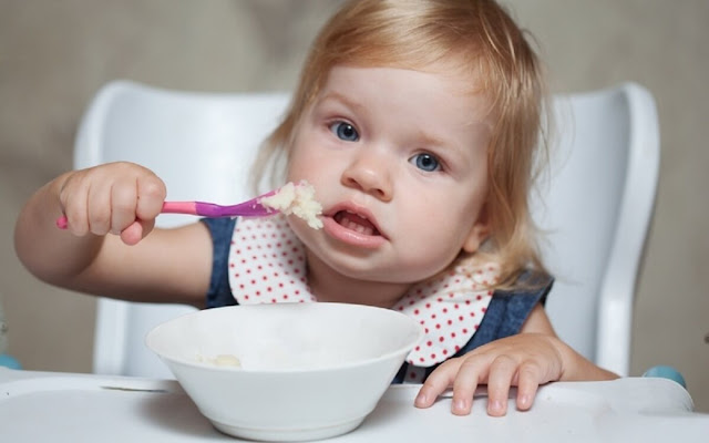 Питание ребенка в 1 год: режим, меню, советы