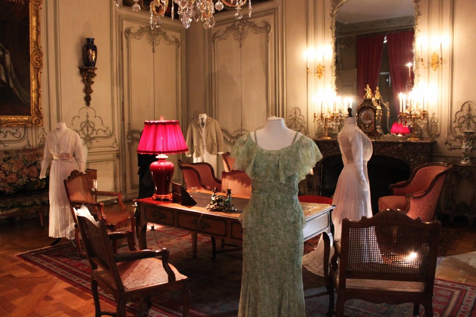 L'histoire en costume - exposition l'élégance au XIXeme siècle - chateau de champs sur marne - seine et marne - loisir - visite