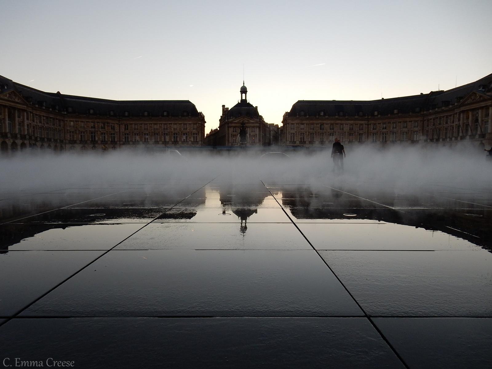 Miroir d'eau (Water Mirror) or Miroir des Quais (Quay Mirror).