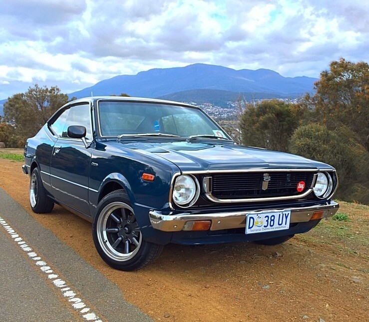 Toyota Car Wallpaper: Modified Toyota Corolla Year 1975 Becomes Muscle Car