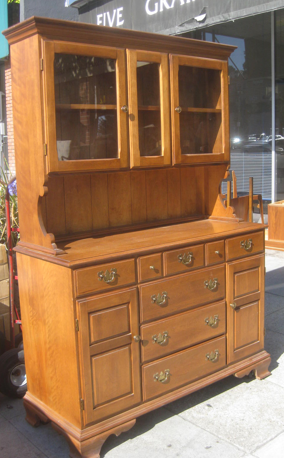 furniture hutch uhuru furniture collectibles sold maple country china