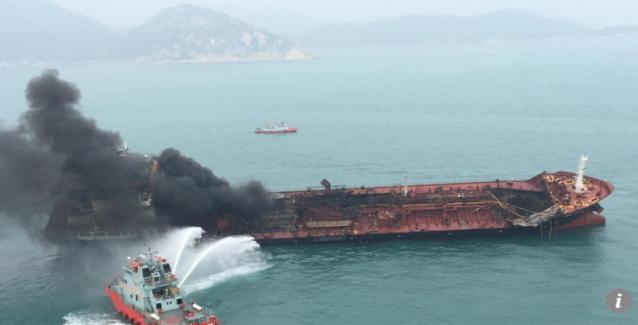 Ισχυρές εκρήξεις σε λιμάνι των Ηνωμένων Αραβικών Εμιράτων - Καίγονται δέκα τάνκερ! - Μετέφεραν ιρανικό πετρέλαιο;