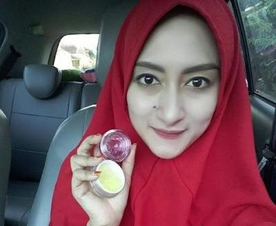Jelly Yellow  Whitening  Vit C - Memutihkan Kulit Sekaligus Mengencangkan Kulit Wajah