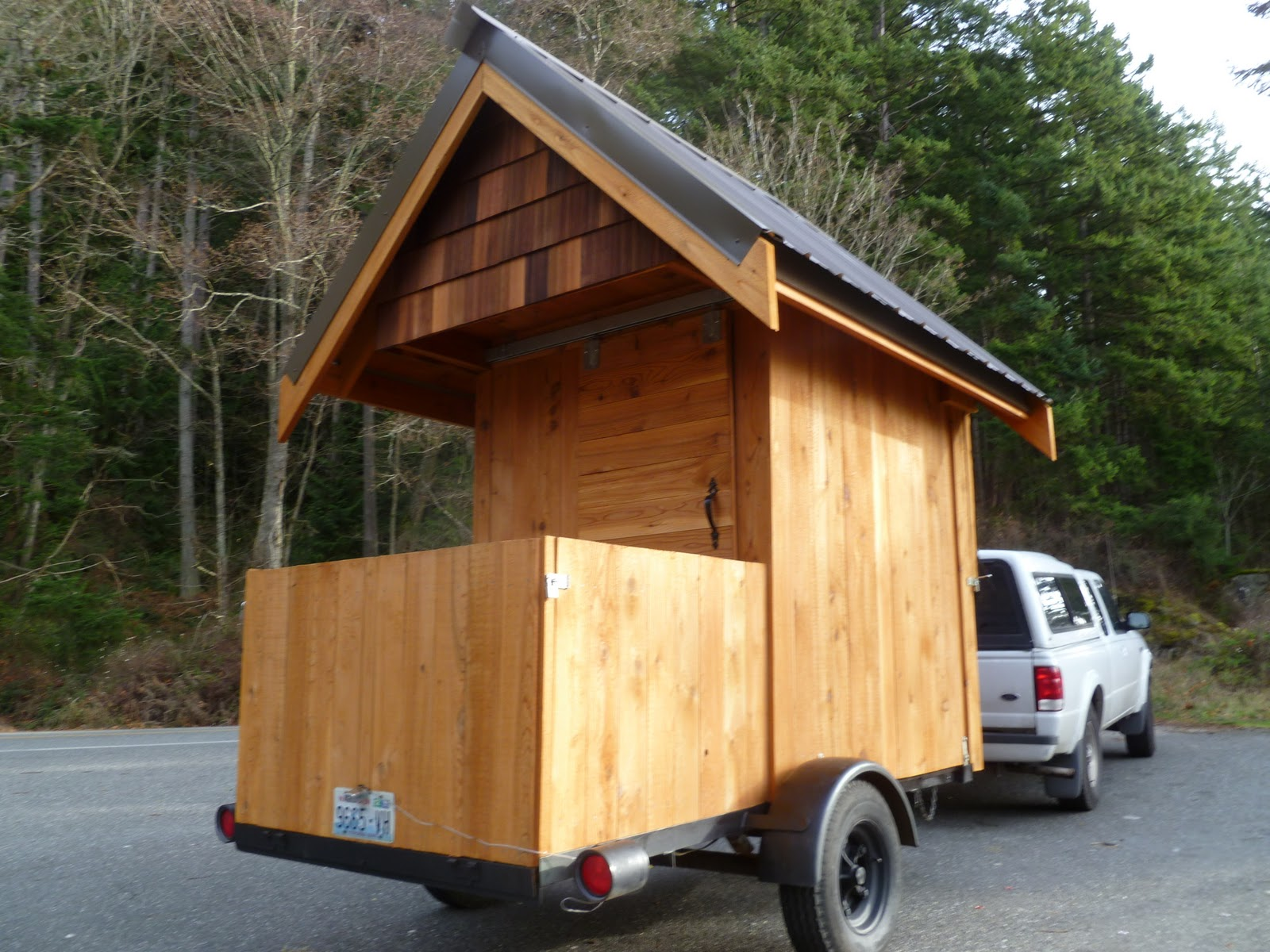 Astonishing Relaxshacks Com Eli Curtis Tiny Cabin On Wheels A Micro Getaway Largest Home Design Picture Inspirations Pitcheantrous