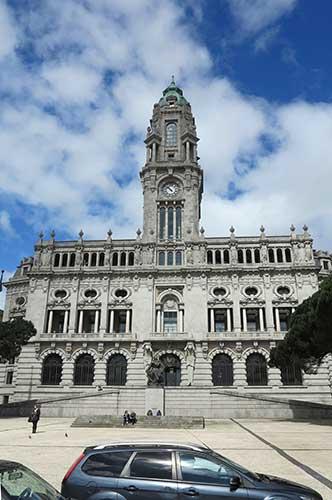 Camara Municipal do Porto.