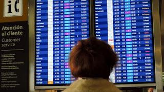 A las 8, los empleados retomaron las tareas de check in, pero hasta las 10 no saldrá ningún vuelo.