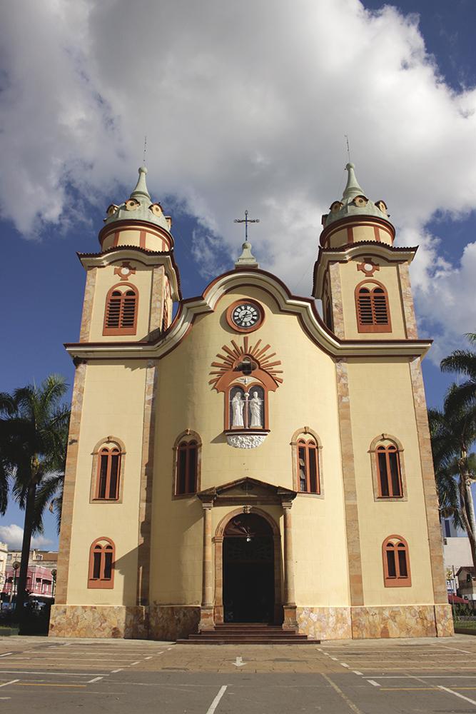 igreja brasil alfenas