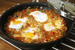 Eggs with Ground Meat (Kiymali Yumurta)