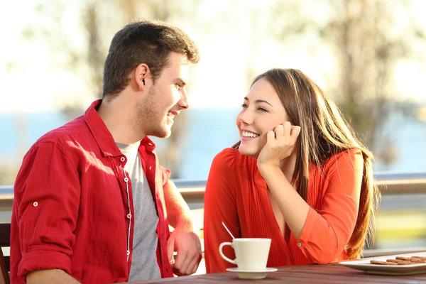 लड़कियों को कैसे लड़के पसंद आते हैं? लड़कियों से दोस्ती कैसे करें? लड़कियों से प्यार कैसे करें?