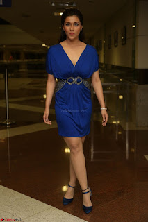 Mannara Chopra in Short Blue Dress at Rogue Movie Teaser Launch 1st March 2017 061.JPG