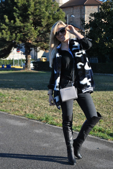 outfit camicia nera come abbinare una camicia nera abbinamenti camicia nera how to wear black shirt how to combine black shirt how to match black shirt black shirt street style outfit febbraio 2016 outfit invernali casual winter outfits february outfits mariafelicia magno fashion blogger colorblock by felym fashion blog italiani fashion blogger italiane blog di moda blogger italiane di moda fashion blogger bergamo fashion blogger milano fashion bloggers italy italian fashion bloggers influencer italiane italian influencer