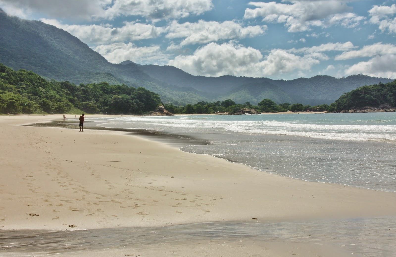 Praia do Cachadaço de Trindade, em Paraty