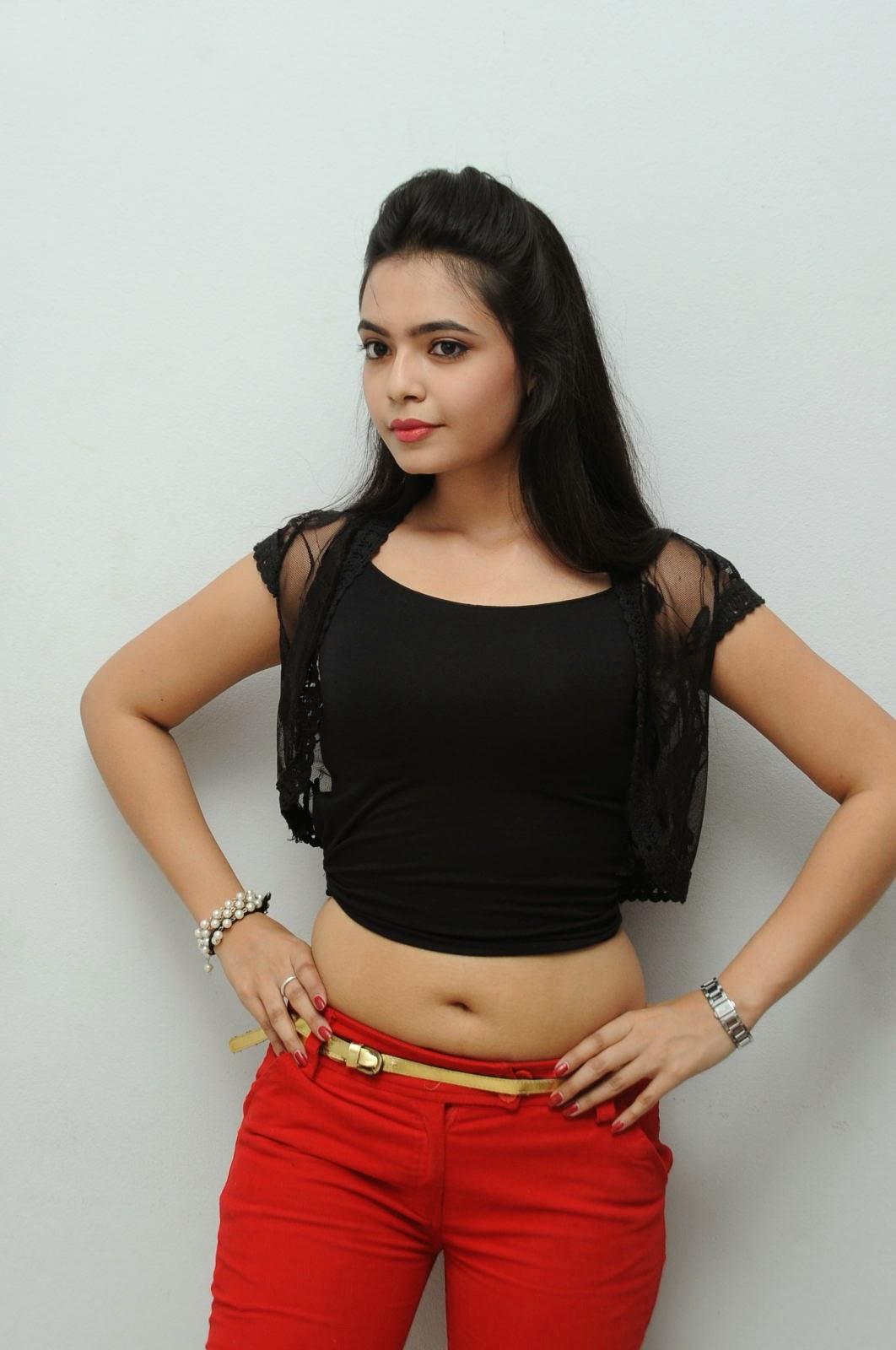 Young Actress Merina Photos at Veerudokkade audio-HQ-Photo-2