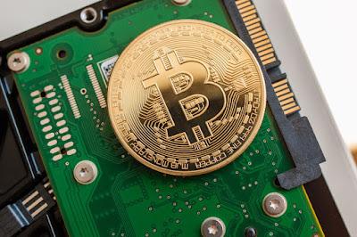 Как бесплатно майнить криптовалюту, если нет денег на майнинговую ферму?