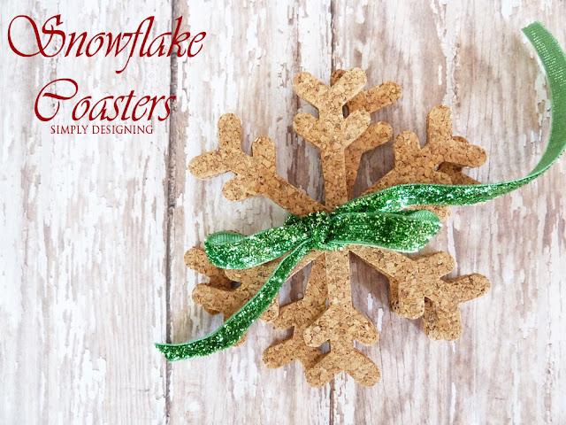Cork Snowflake Coasters | #diygift #snowflakecraft #fabulouslyfestive