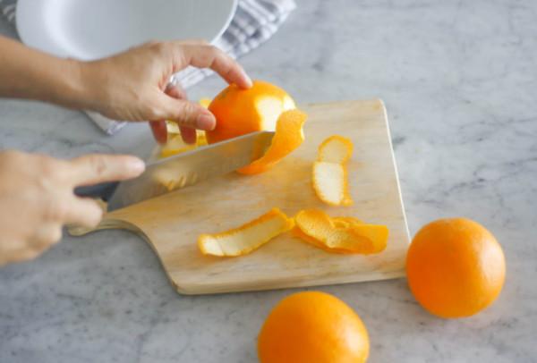 Trị nám da mặt hiệu quả từ vỏ cam bỏ đi