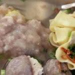 Kuliner Indonesia - Bakwan Mentawai