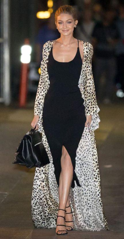 amazig outfit idea / long leopard cardi + heels + black bodycon dress + bag