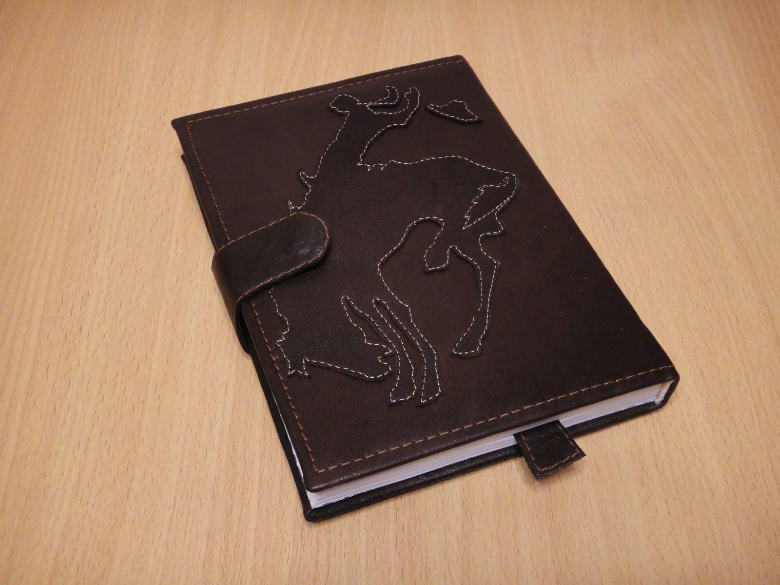 ежедневник из кожи