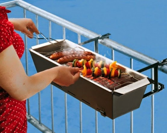 cool-accessories-for-your-balcony-2-554x443