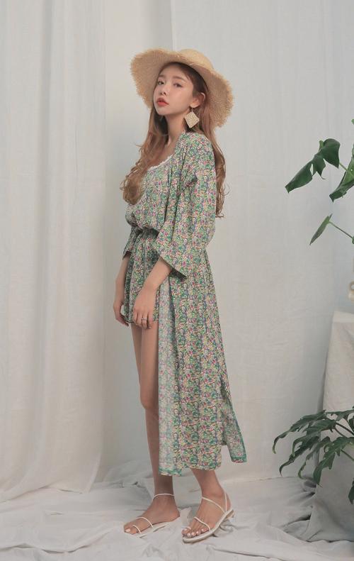 Thin Self-Tie Strap Floral Print Robe