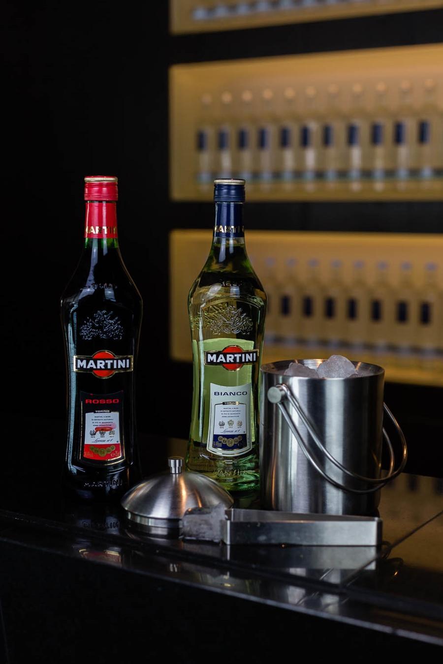 rosso bianco martini cocktail
