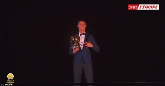 Cristiano Ronaldo wins the 2017 Ballon d'Or award for the 5th time (photos)