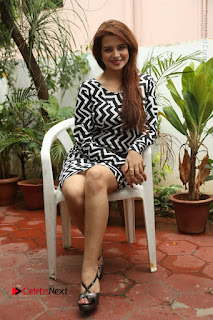 Actress Saloni Latest Pos in Short Dress  0306.JPG