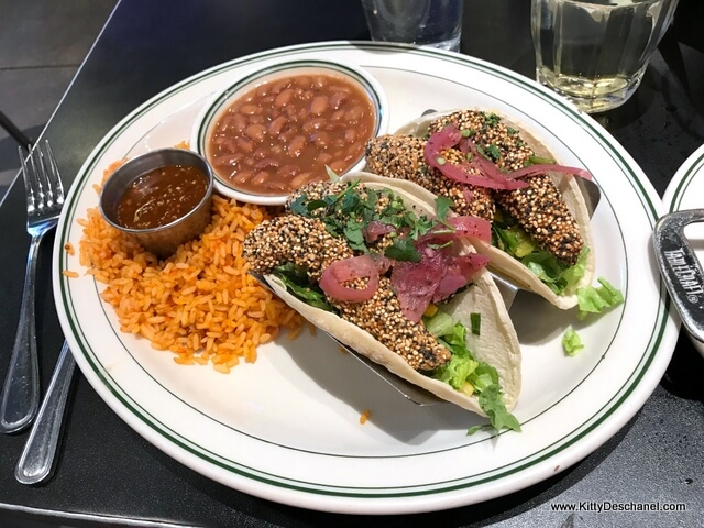 plaza cafe avocado tacos