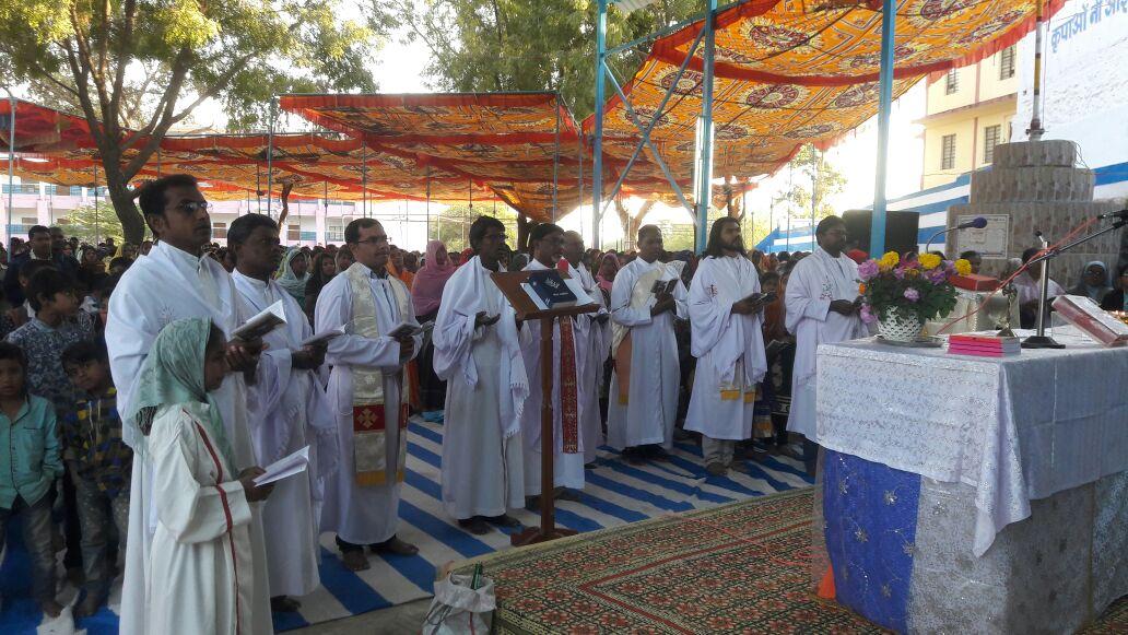 पंचकुई कुपाओं की माता मरियम का वार्षिक तीर्थ महोत्सव