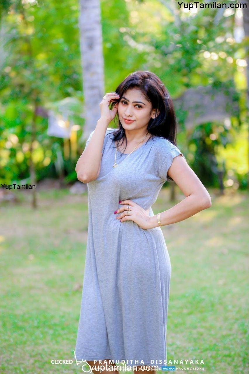 Piumi Hansamali Sexy Photos- Hot Cleavage Pictures