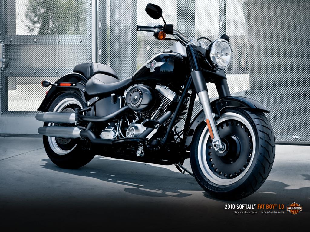 kate beckinsale harley davidson india bike photos price. Black Bedroom Furniture Sets. Home Design Ideas