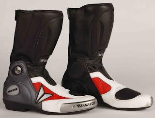 Sepatu Balap  Dainese Axial
