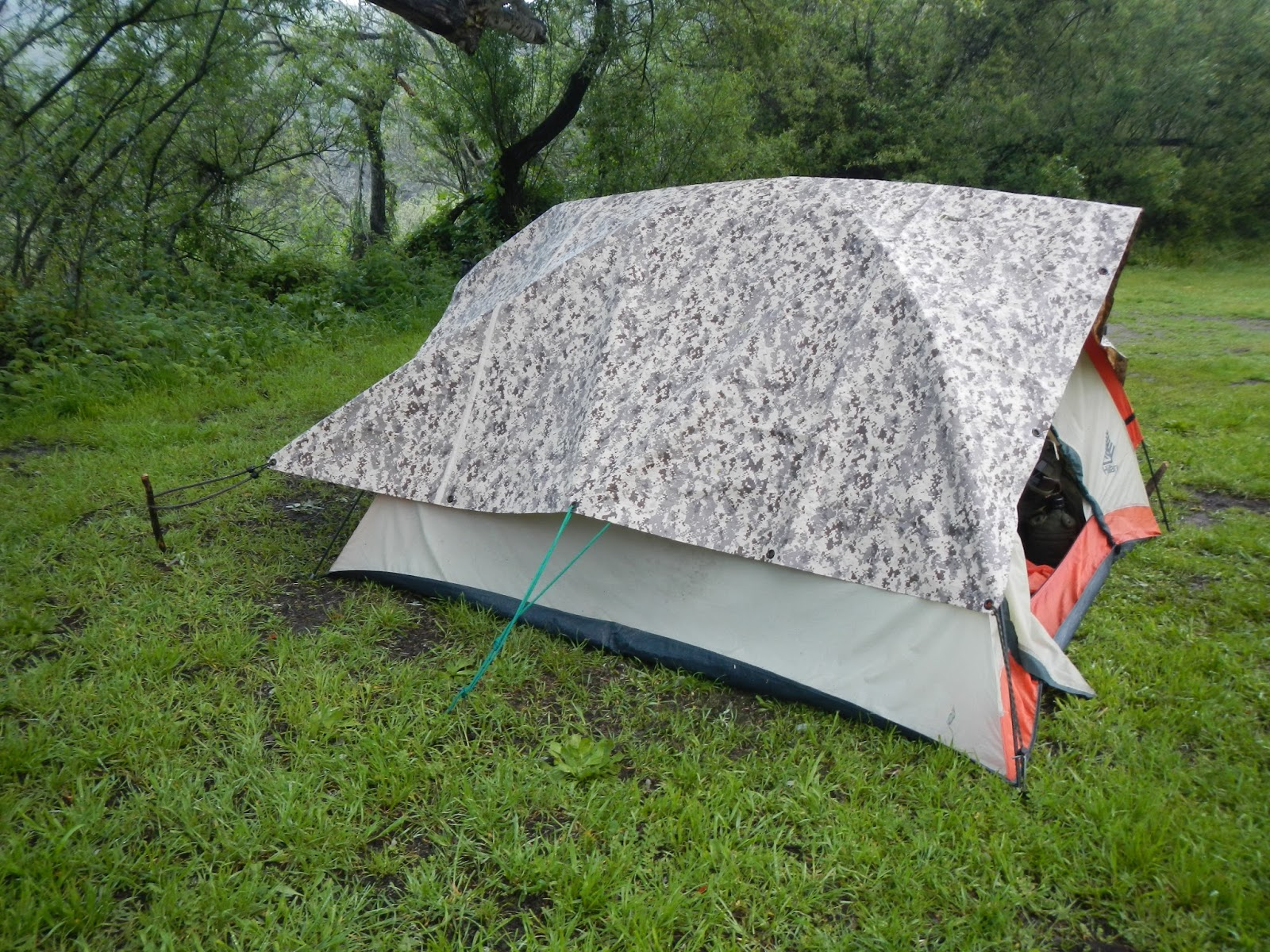 how to put a tarp over a dome tent