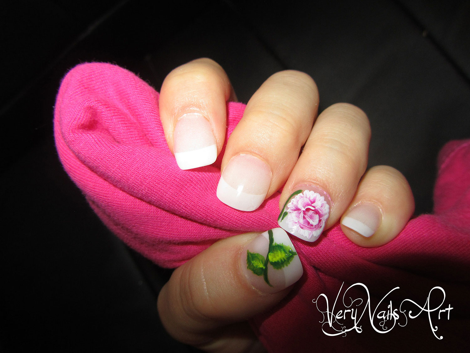 Uñas decoradas rosa