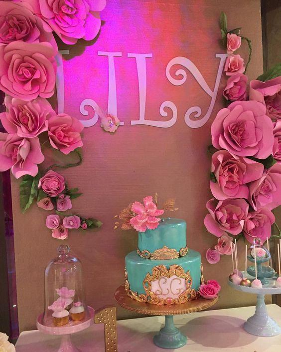 decoracin de eventos con flores gigantes de cartulina