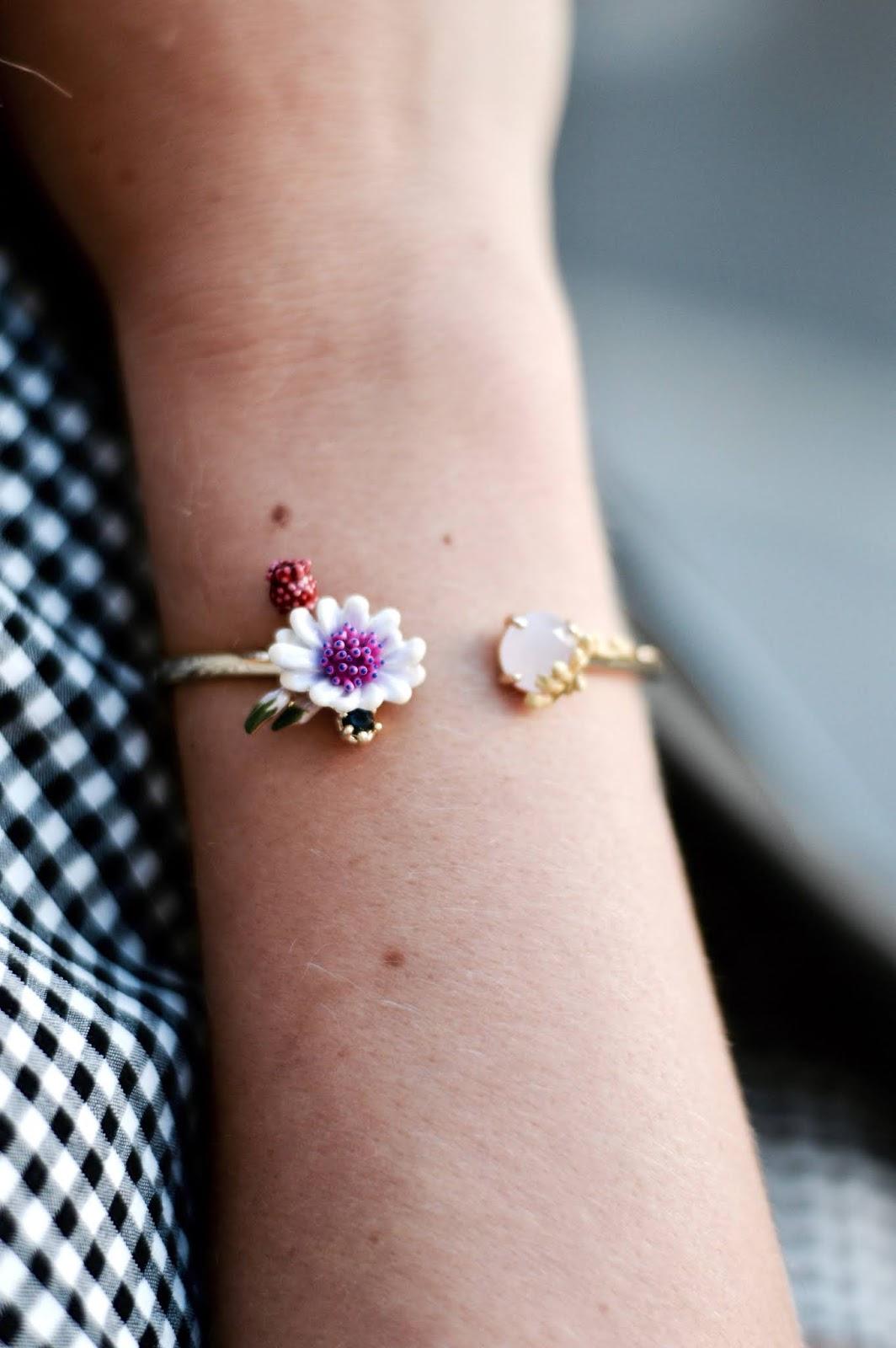 bijoux haute fantaisie : bracelet fleurs les néréides