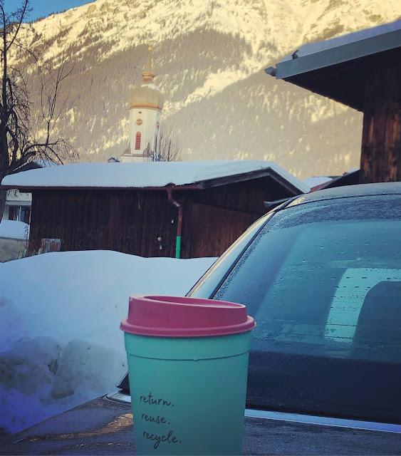 Recup, Nachhaltigkeit, Sustainability, coffee to go,  4Eck Restaurant Garmisch-Partenkirchen, Getränkekarte, Lifestyle Drinks, to go, einfach anders, Uschi Glas, Kerstin Schumann
